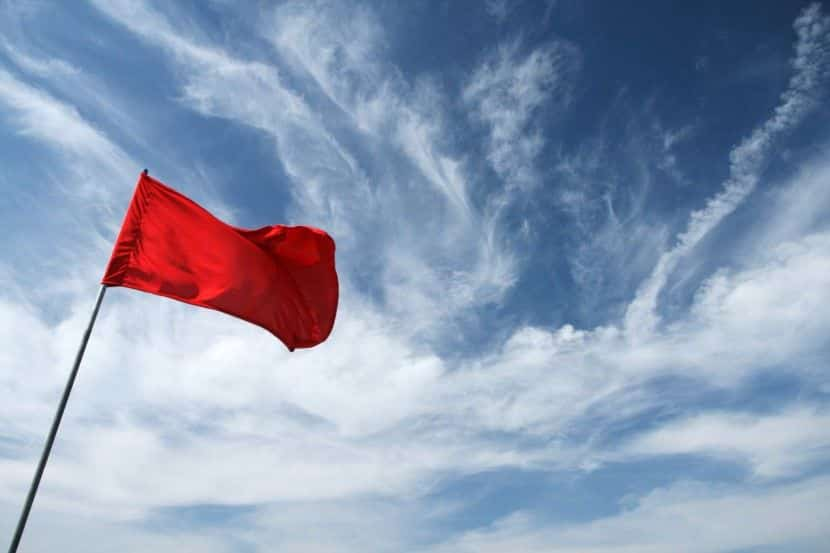How to Spot and Handle Red Flag Tenants